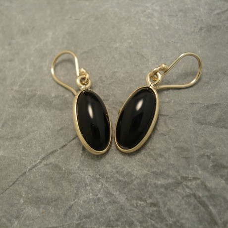 14x7mm-oval-black-onyx-9ctgold-earrings-03667.jpg