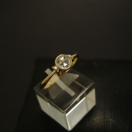 clear-rose-cut-diamond-18ctgold-ring-handmade-04564.jpg