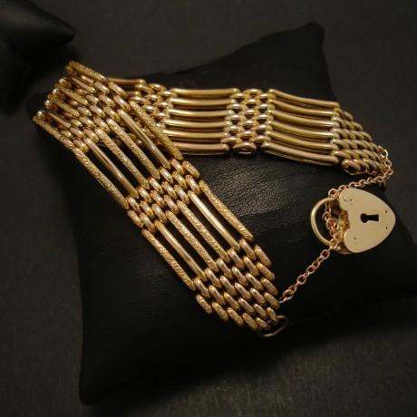 gate-bracelet-antique-english-9ctgold-18mmwidth-padlock-03615.jpg