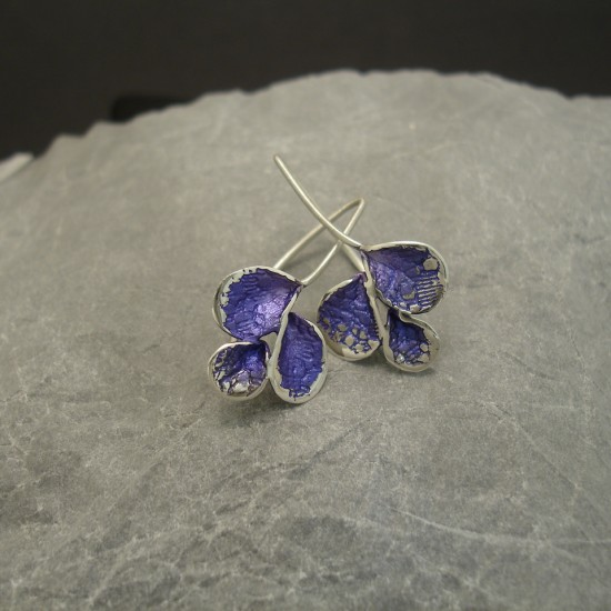 lilac-three-petal-silver-earrings-03701.jpg