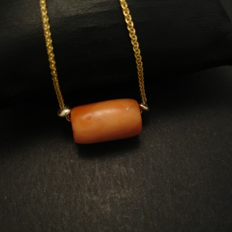 old-mediterranean-coral-9ctgold-chain-03680.jpg