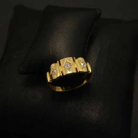 antique-chester-england-18ctgold-ring-diamonds-03632.jpg