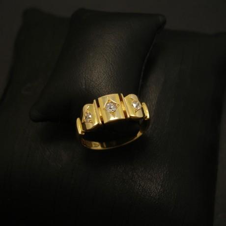 antique-chester-england-18ctgold-ring-diamonds-03632.jpg