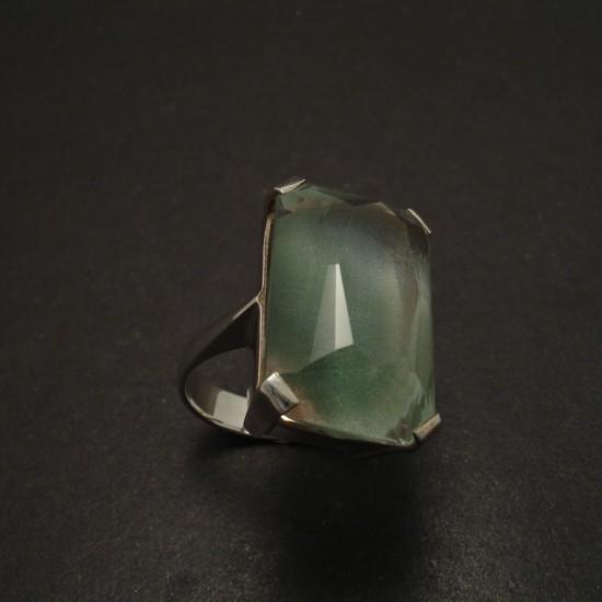 large-baguette-green-quartz-4claw-silver-ring-06182.jpg