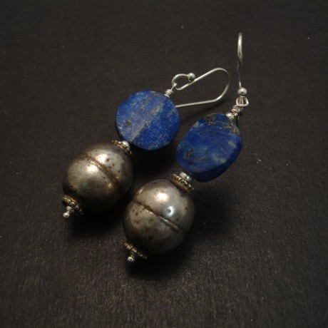 turkman-silver-lapis-lazuli-discs-earrings-08516.jpg