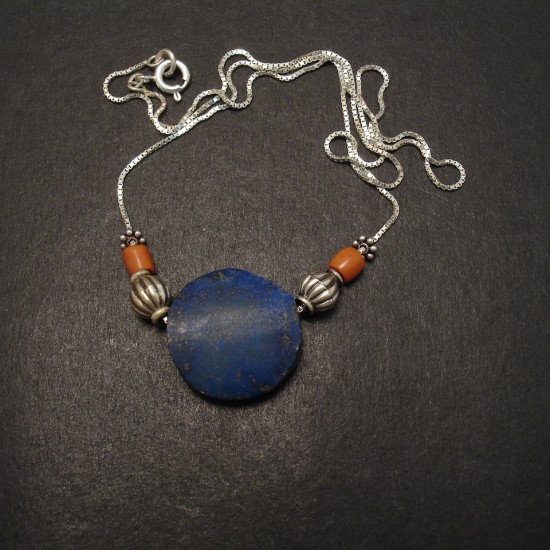 unpolished-disc-lapis-lazuli-silver-chain-necklace-06968.jpg