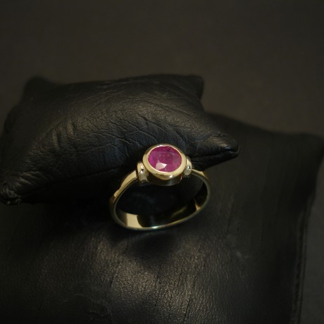 .88ct-agrade-pink-red-ruby-18ctgold-hmade-ring-04606.jpg