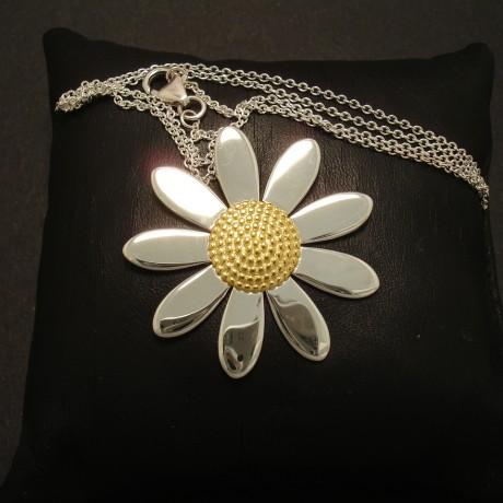 daisy-pendant-silver-bold-simple-02759.jpg