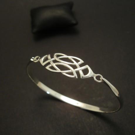 stylized-celtic-knot-silver-clip-bangle-03695.jpg