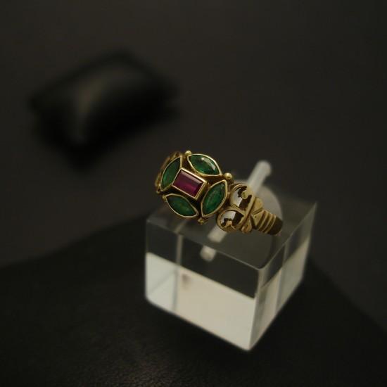 brazilian-deep-green-emeralds-ruby-18ctgold-hmade-ring-03836.jpg