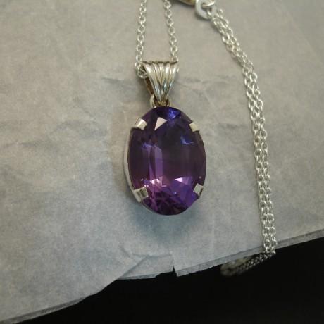 fine-clear-lilac-amethyst-4claw-silver-pendant-03850.jpg