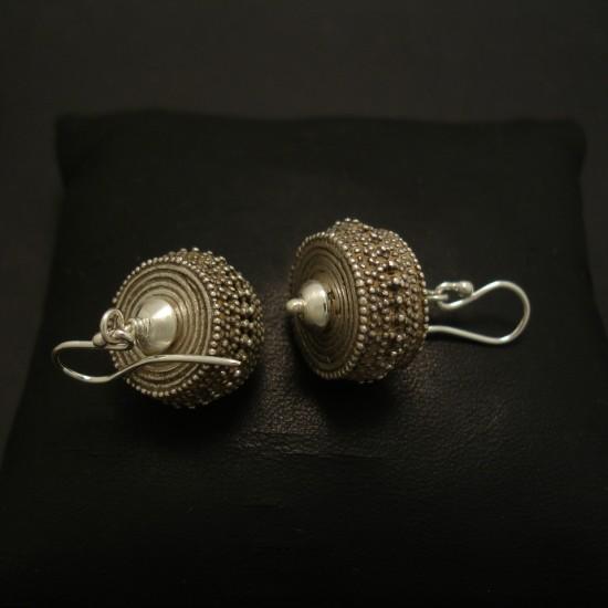 handcrafted-granulated-silver-earrings-03874.jpg