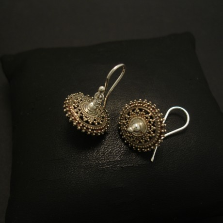 handmade-sindh-granulated-silver-earrings-03876.jpg