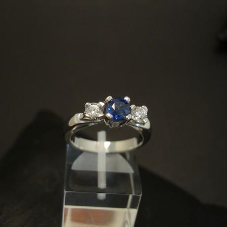 .96ct-cushion-sapphire-diamond-18ctwhite-gold-ring-04013.jpg