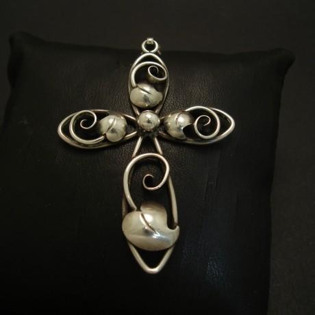 danish-handmade-silver-cross-pendant-1940s-03946.jpg