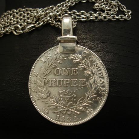 east-india-company-1835-silver-rupee-pendant-04095.jpg