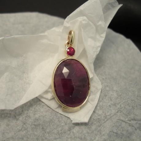 ruby-gemstones-sydney-handmade-9ctgold-pendant-04065.jpg