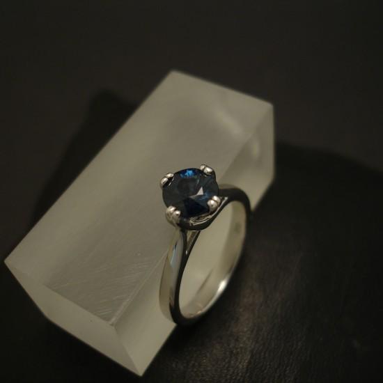 superfine-inverell-sapphire-1.37ct-18ctwhite-gold-ring-04197.jpg