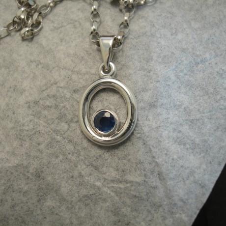 44ct-sapphire-handmade-9ctwhite-gold-pendant-04056.jpg