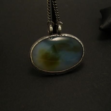 semi-translucent-agate-silver-pendant-04142.jpg