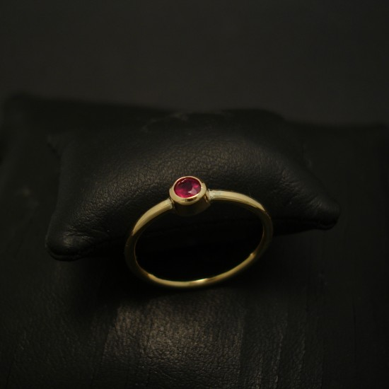 20ct-bright-red-ruby-hmade-18ctgold-ring-04354.jpg