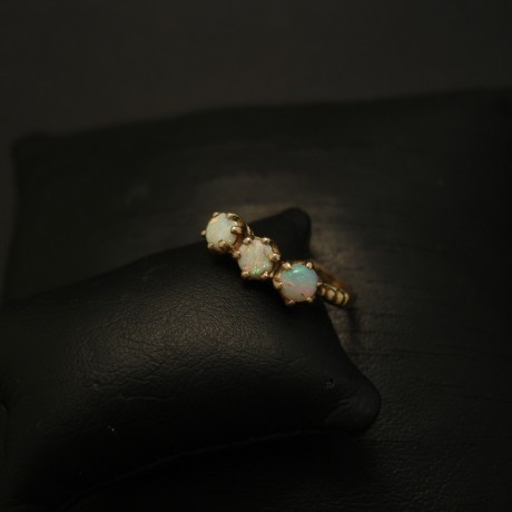 three-australian-white-opals-10ctgold-ring-04032.jpg