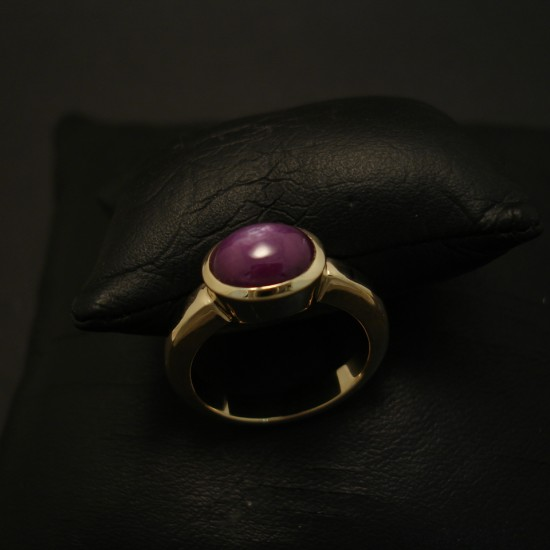 very-solid-cabochon-ruby-9ctgold-hmade-ring-04243.jpg