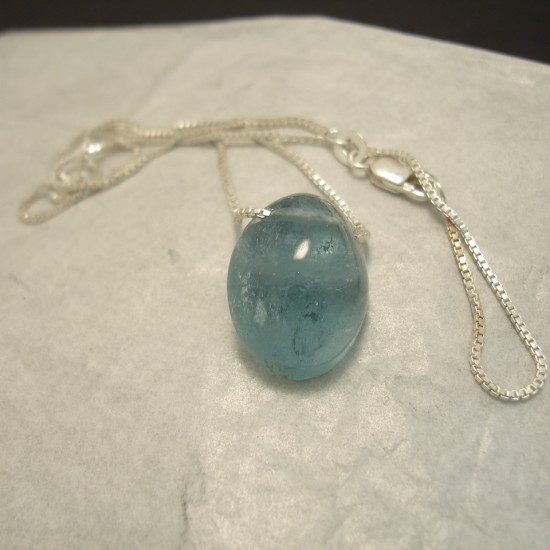 18ct-aquamarine-bead-silver-chain-04323.jpg