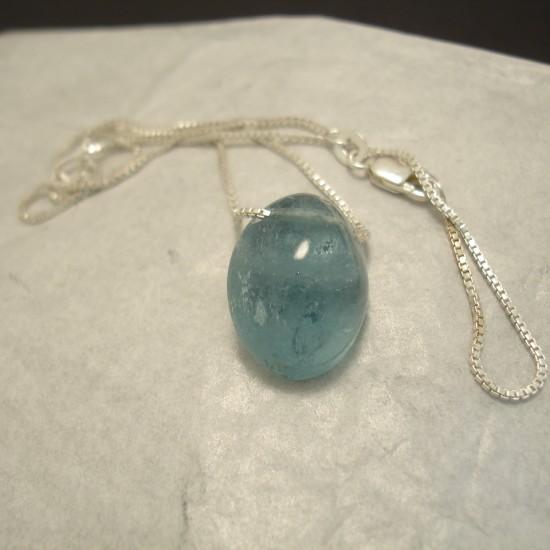 18ct-aquamarine-bead-silver-chain-04323.jpg