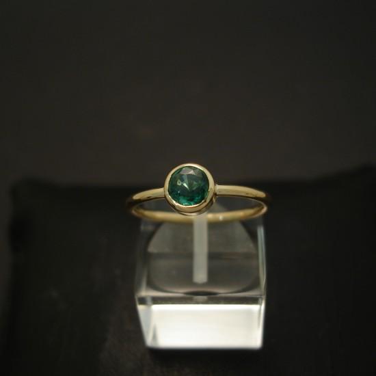 57ct-bright-natural-emerald-hmade-18ctgold-ring-04291.jpg