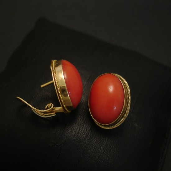 coral-deep-orange-18ctgold-earstuds-04272.jpg