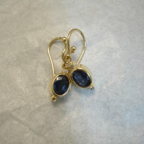 fine-blue-sapphires-1.95ct-18ctgold-earrings-04239.jpg