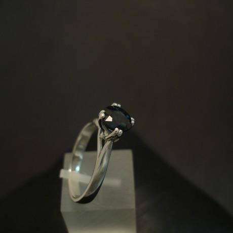sapphire-ereddestone-1.45ct-18ctwhite-gold-ring-04260.jpg
