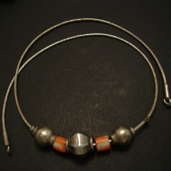 tribal-coral-old-silver-beads-silver-chain-04232.jpg