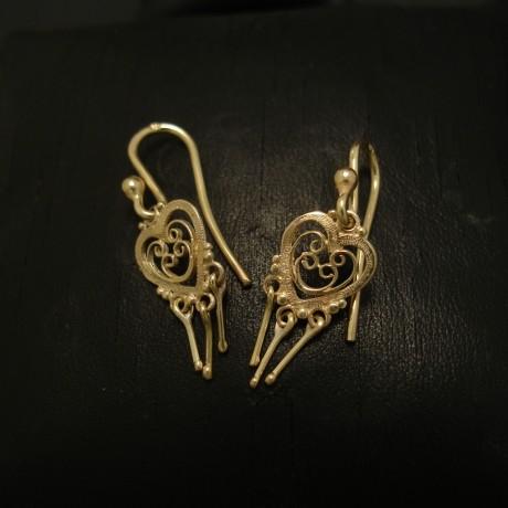 classic-victorian-styling-eardrops-9ctgold-04395.jpg