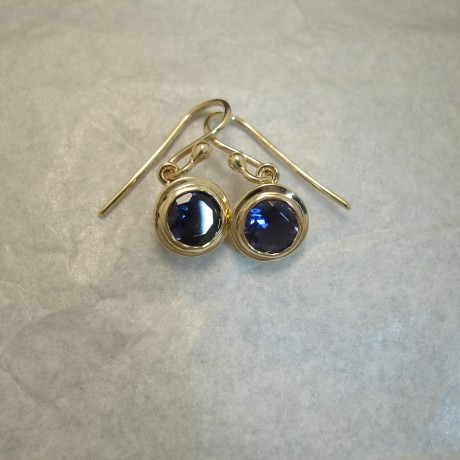 lilac-blue-iolite-9ctgold-earrings04236.jpg