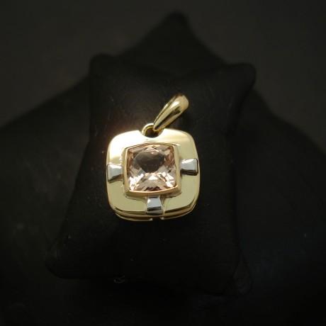 sydney-handmade-18ctgold-cushion-morganite-pendant-04288.jpg