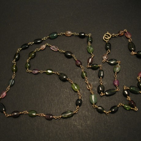 53.coloured-tourmalines-9ctgold-chain-necklace-04672.jpg