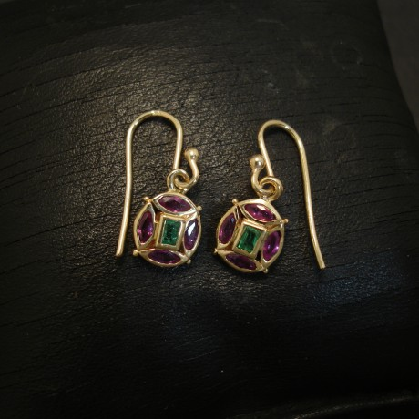 medieval-florentine-design-earrings-9ctgold-ruby-emerald-04752.jpg