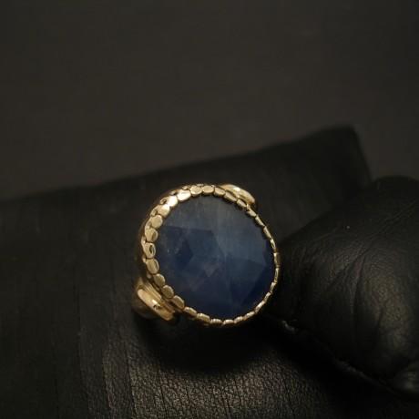 22x15mm-opaque-blue-sapphire-9ctgold-hmade-ring-04658.jpg