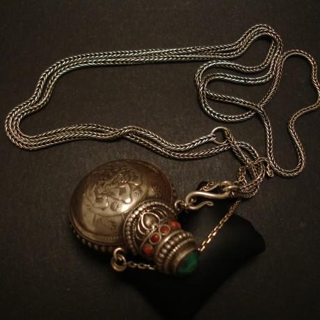 tibetan-silver-coin-bottle-silver-foxtail-chain-04978.jpg