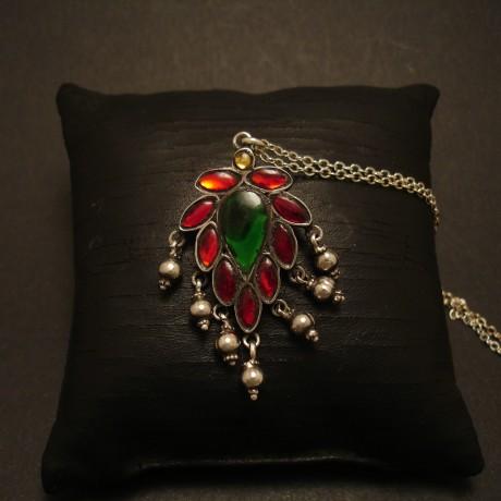 traditional-rajasthani-silver-glass-pendant-05115.jpg