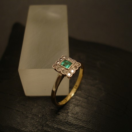 emerald-antique-ring-platinum-18ctgold-05106.jpg