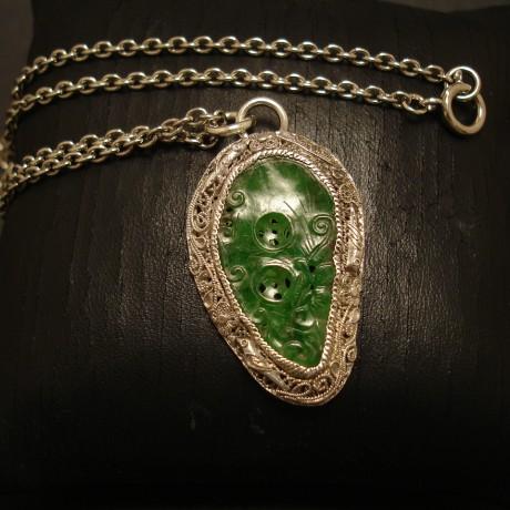 handcarved-jade-silver-pendant-05083.jpg