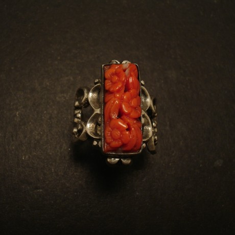 vintage-1970-english-coral-silver-ring-05311