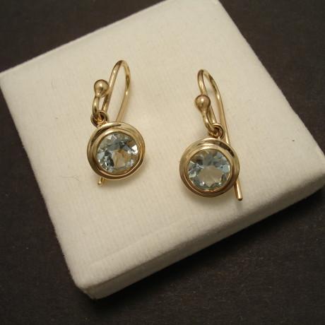 brazilian-aquamarine-6mm-9ctgold-earrings-09347.jpg