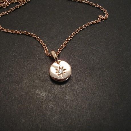 rose-gold-diamond-star-set-pendant-05392.jpg
