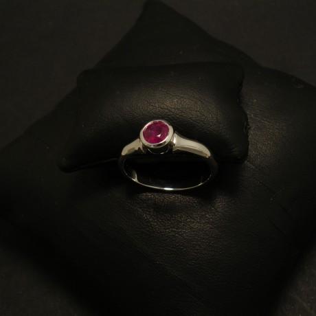 ruby-58ct-burmese-18ctwhite-gold0flare-ring-02373.jpg