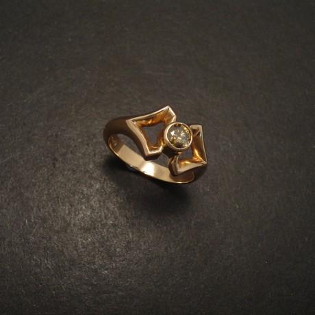 champagne-diamond-19ctrose-gold-ring-06352.jpg