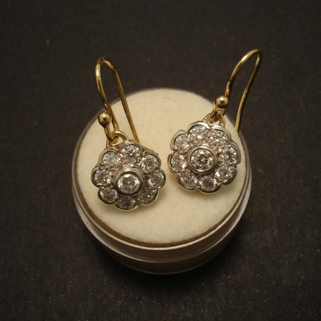 victorian-daisy-design-diamonds-18ctgold-earrings-02577.jpg